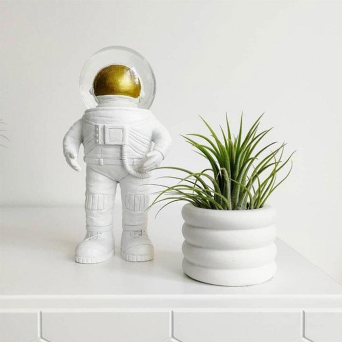 太空人水晶球擺飾