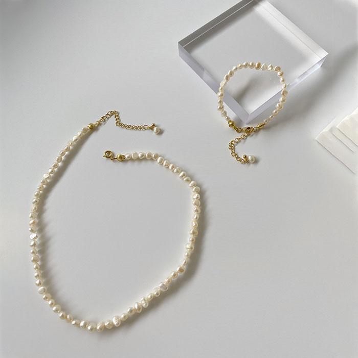 送給喜歡珍珠項鍊的媽媽最純粹的禮物
