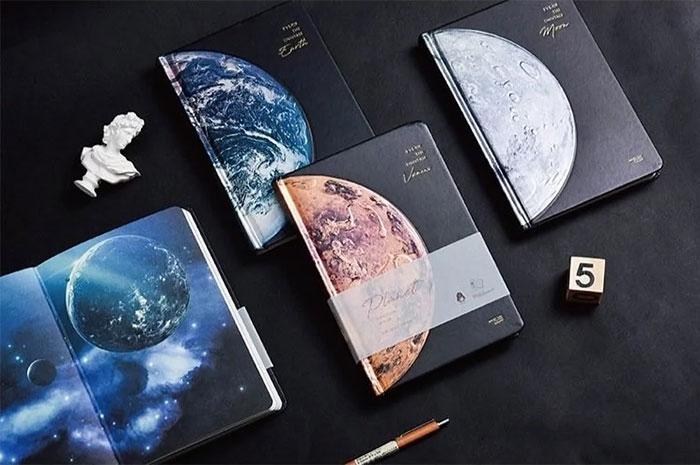 宇宙星球精裝筆記本