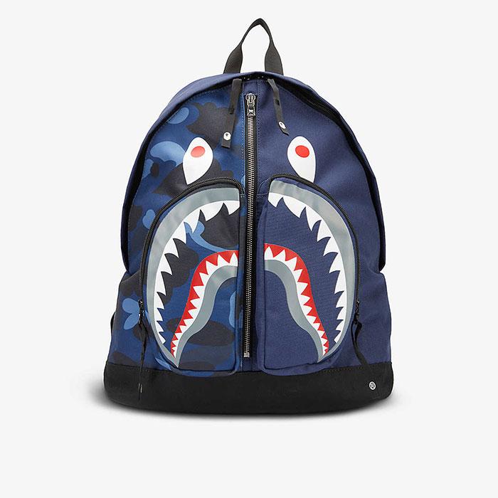 Camo Shark 鯊魚後背包